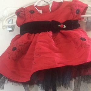 Other - Preemie girls holiday dress